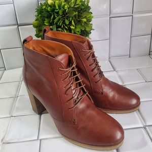 1937 FOOTWEAR Lace Up Ankle Leather Boot Made in